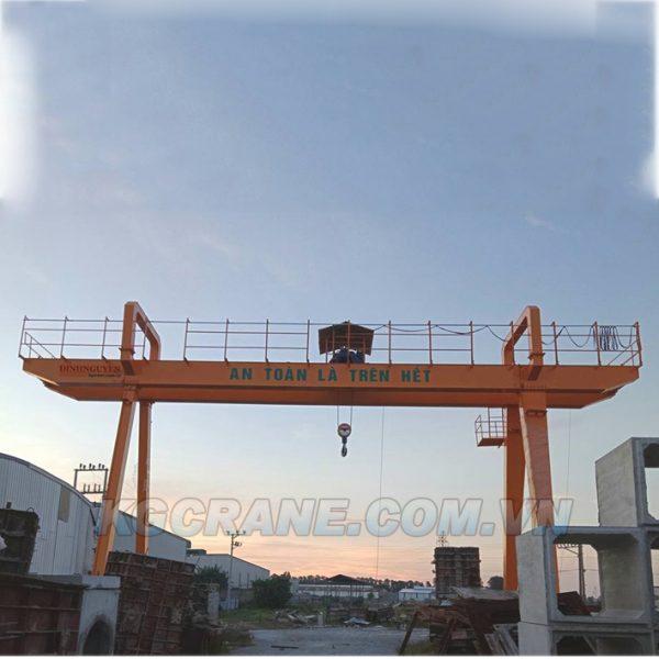 cong-truc-10-tan-dam-doi-dinnguyen-crane-korea--kgcrane-han-quoc-kgcrane.com.vn